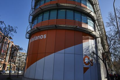 Ciudadanos headquarters in Madrid, where leaders are meeting to discuss the party's future.