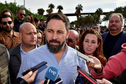 Vox leader Santiago Abascal commented on the ERE ruling during a visit to Almería.