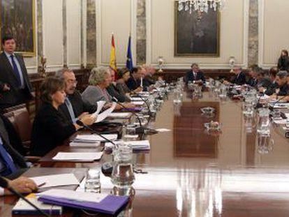 Members of the prosecutors' advisory body, the Junta de Fiscales de Sala, meet on Wednesday.