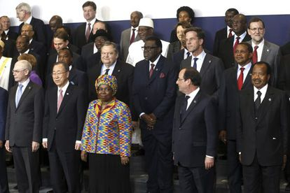Rajoy (top right) and other world leaders at the fourth EU-Africa Summit.