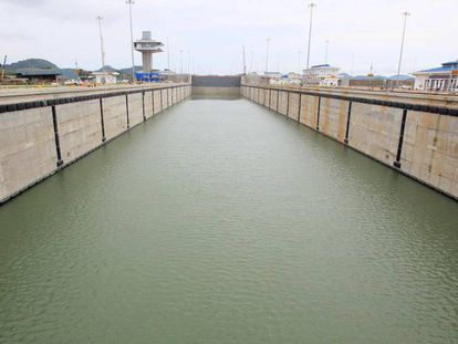 The Cocolí lock in the Panama Canal.