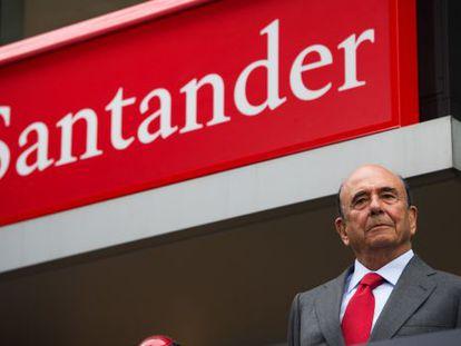 Santander's chairman, Emilio Botin, in New York.