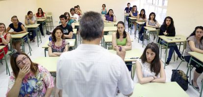 Applicants for elementary school posts taking the exam in Madrid on Tuesday.