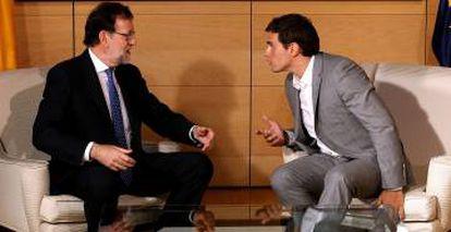 Mariano Rajoy meeting with Ciudadanos leader Albert Rivera.