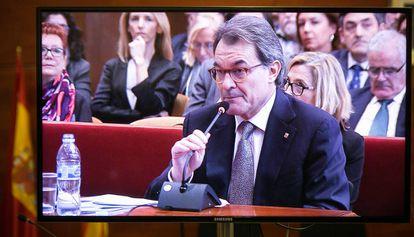Artur Mas in court on Monday.