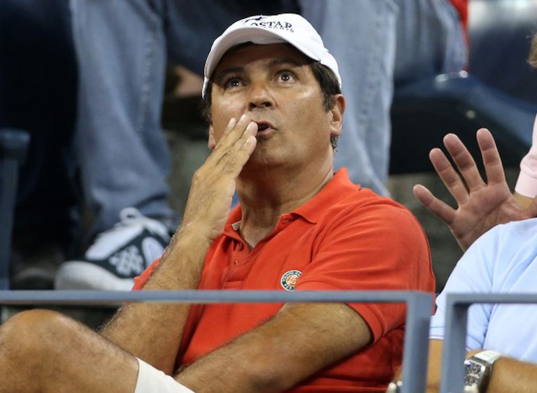 Toni Nadal during a match.