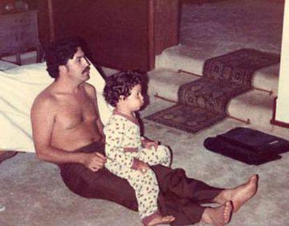 Pablo Escobar with his son Juan Pablo in 1978.