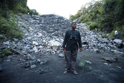 The father of one student in front of the Cocula dumping site.