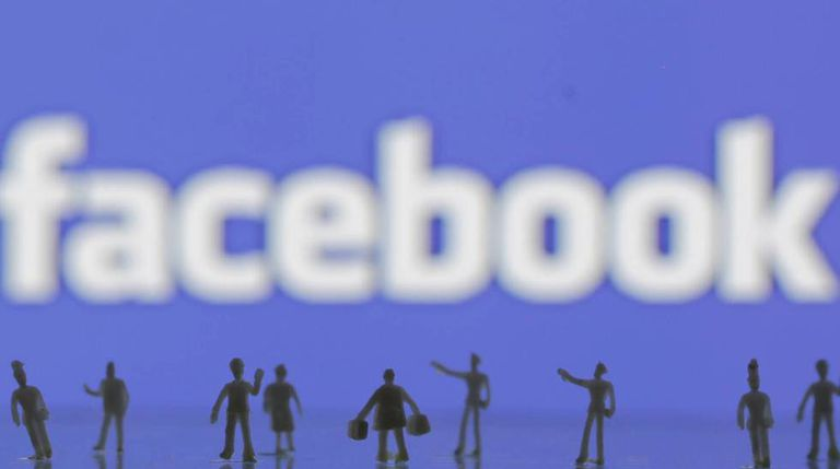 Facebook is poised to challenge the Spanish banking sector.