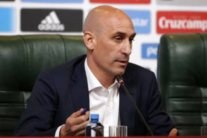 Luis Manuel Rubiales informs the media of the decision to dismiss Julen Lopetegui as coach of the Spanish national side.