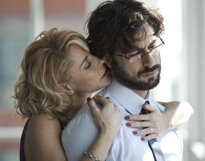 "Belén Rueda and Hugo Silva in a scene from the film ""El cuerpo"""