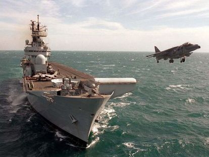 The British light aircraft carrier HMS Illustrious during maneuvers.