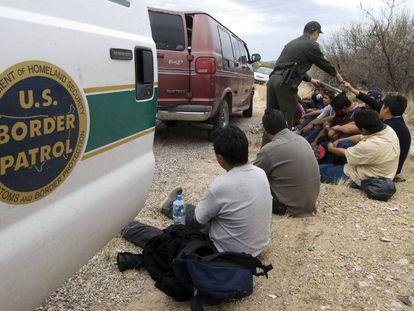 Undocumented Mexican migrants arrested at the border.