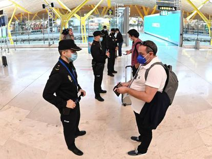 Police checkpoint at the Barajas airport in Madrid, which has been under a state of alarm since Friday.