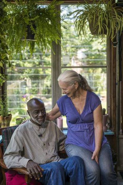 Shujaa spent eight years on death row, where he met and fell in love with prison nurse Phyllis.