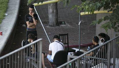 Young migrants last week in El Raval, Barcelona.