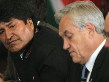 Bolivia's President Evo Morales (l) and his Chilean counterpart, Sebastián Piñera, together last week.
