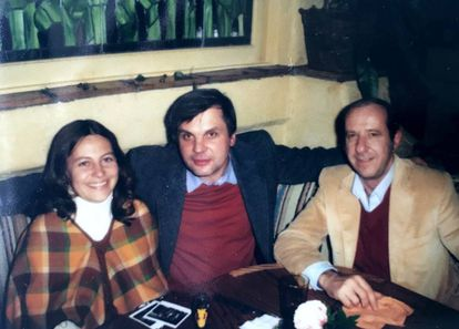 Jerry Potter's wife, Judy, Vladimir Alexandrov and his colleague Bob Cess in the US.