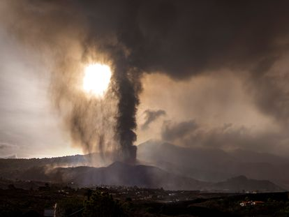 The eruption on La Palma continued on Wednesday.