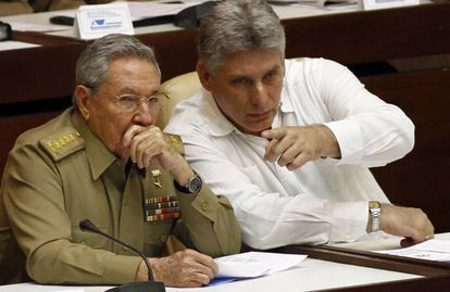 Raúl Castro and Miguel Diaz-Canel, pictured in 2013.