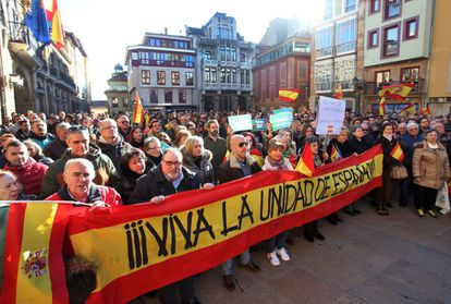 """Protesters carry a banner with the message: """"Long live the unity of Spain"""" at a demonstration in Oviedo in the northern region of Asturias."""