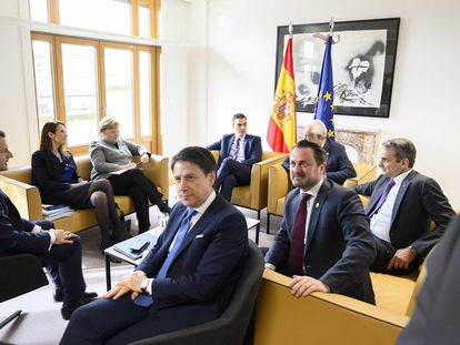 Spanish Prime Minister Pedro Sánchez (back, center) at a meeting of the European Council in February.
