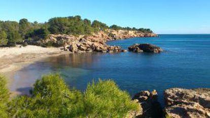 Estany Podrit beach.