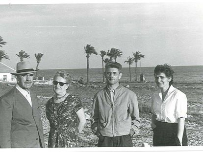 Croatian dictator Ante Pavelić at the end of the 1950s on holiday in Santa Pola, Alicante, with his wife Maria and their children, Velimir and Višnja.