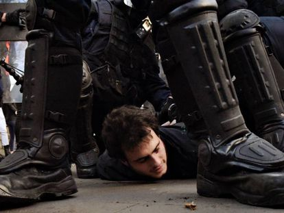 Protests on Friday over the Spanish Cabinet meeting in Barcelona.
