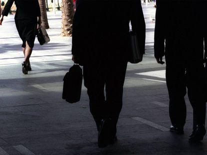 Spanish men still earn more than women.