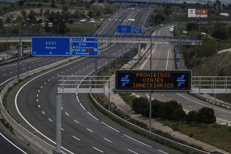 The A-1 freeway from Madrid to Burgos on Thursday, free of traffic.