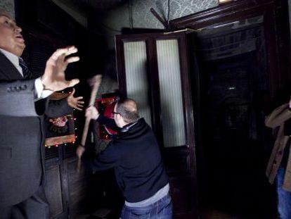 Waxing cinematical: The crew of horror movie Wax film a scene in the Museu de Cera, on La Rambla in Barcelona