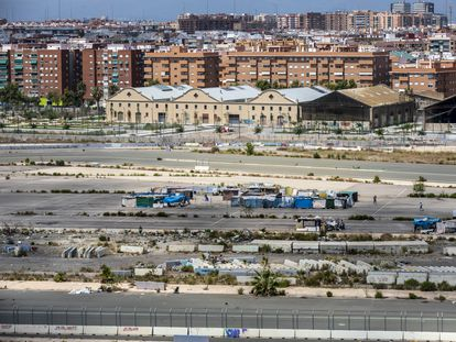 View of the abandoned Valencia Formula 1 circuit, close to the city's port, now occupied by shacks built with fences from the original infrastructure.
