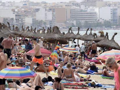 A beach in Palma de Mallorca.