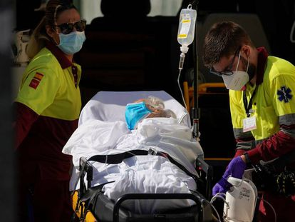 A patient arrives at the 12 de Octubre hospital in Madrid.