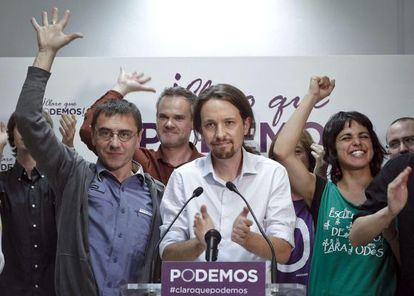 Pablo Iglesias with his Podemos party followers on Sunday night.