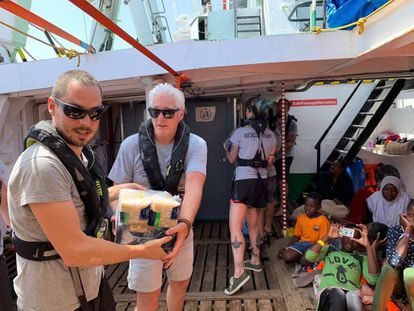 Actor Richard Gere delivers supplies to the 'Open Arms.'