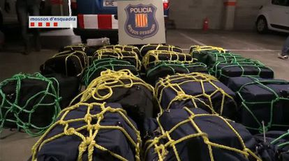 The 700 kilos of cocaine were found in 18 sports bags.
