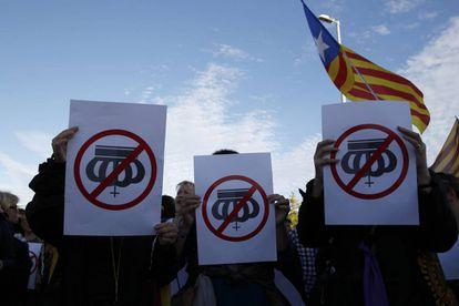 Demonstrations against Felipe VI on Monday.