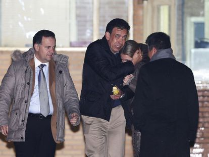 Humberto Moreira leaves Soto del Real prison on January 22.