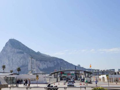 The border between Gibraltar and La Línea de la Concepción in Cádiz province.