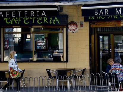 A bar in the Madrid district of Usera, where coronavirus restrictions have been introduced.