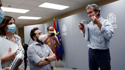 Fernando Simón, the director of the Health Ministry's Coordination Center for Health Alerts, talks to journalists after a press conference on Monday.