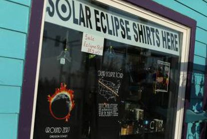 Depoe Bay, in Oregón, readies for the eclipse.