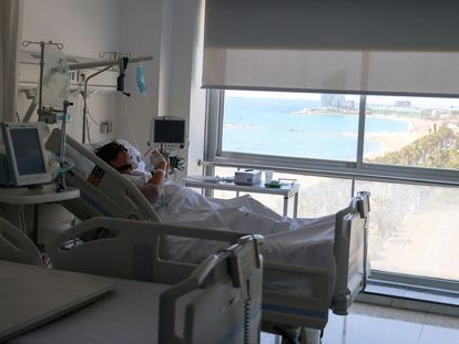 A Covid-19 patient in Barcelona.