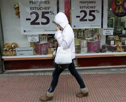 Spanish shoppers are purchasing less this Christmas, despite some stores offering discounts