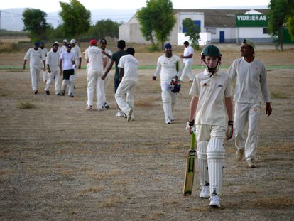 Cricket players after finishing a match in a field in Sonseca, Toledo, in this file photo.