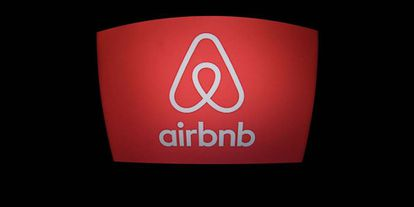 """The CNMC report only sees """"possible"""" cons to the Airbnb model."""