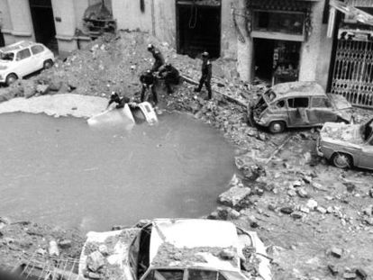 The crater left by the bombing in Claudio Coello street, in central Madrid.