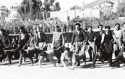 Recruits exercising, January 14, 1938, Barcelona.